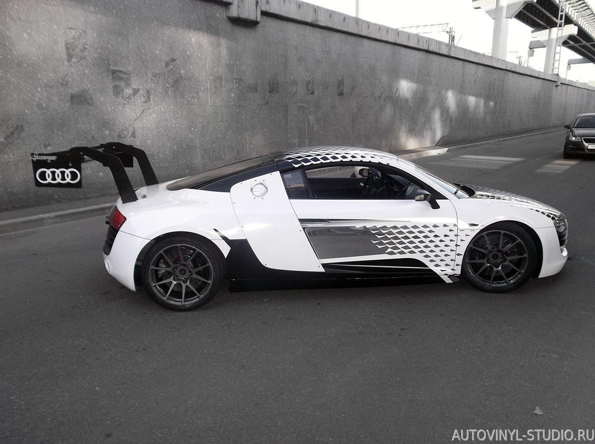 Дизайн автонаклеек